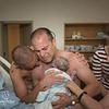 Un couple gay assiste à la naissance de leur enfant !