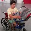 Cet ado fabrique une poussette pour fauteuils roulants !